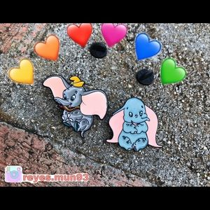 Accessories - Dumbo pins